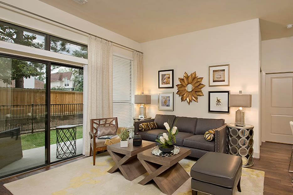Apartments in Houston's Energy Corridor that are as vibrant as its locale, 7Seventy on Eldridge brings exceptional contemporary apartment living to one of Houston's most desirable areas.