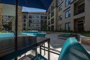3 Bedroom Apartments in Houston's Energy Corridor for rent